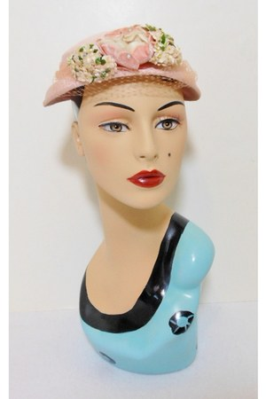 BellDora hat