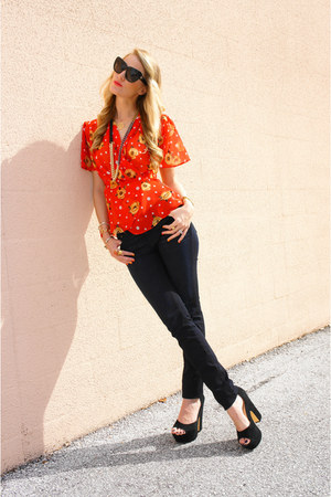 carrot orange thrifted vintage blouse - navy skinny Big star jeans