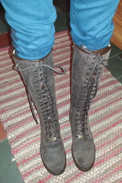 Frye boots - American Eagle pants
