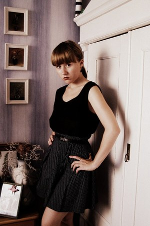 navy selfmade skirt - black vintage blouse