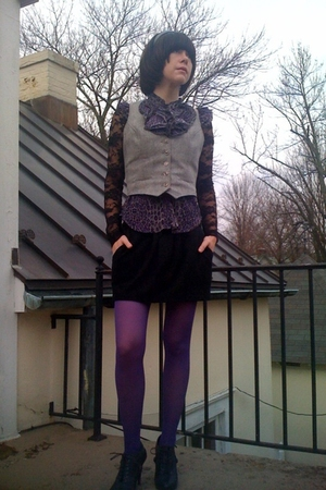 gray vintage vest - black oxford Forever21 shoes - purple Walmart tights