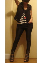 Forever 21 vest - Zara top - Forever 21 top - American Apparel leggings - Jeffre