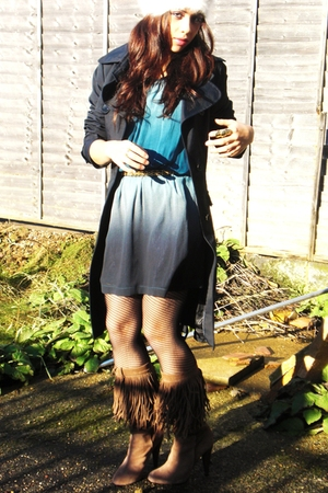 blue Topshop dress - brown Zara boots - blue Zara coat - gold Topshop belt - bla