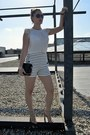 Black-quilted-bag-zara-bag-white-zara-shorts-black-saxxo-sunglasses