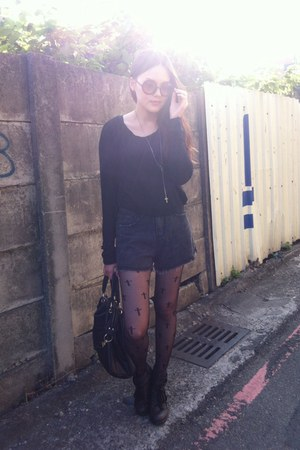 black cross tights - gray denim shorts - brown circle sunglasses