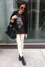 Gray-tiger-print-t-shirt-white-leggings-black-bag-brown-sunglasses
