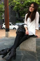 black leggings - black bag - black heels - white top - gold bracelet