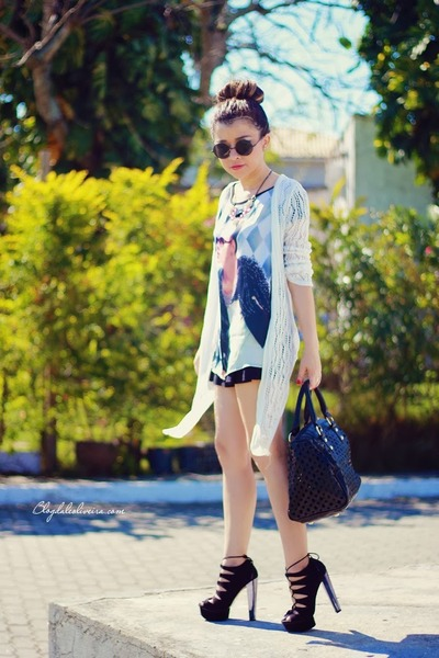 black shorts - black sunglasses - black blouse - white cardigan