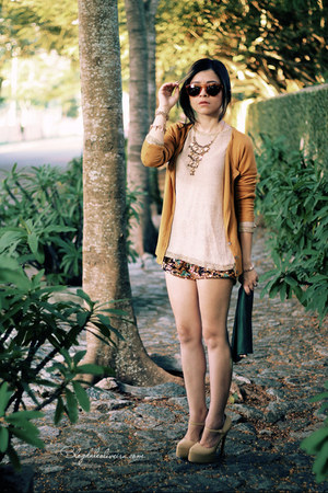 mustard cardigan - beige sweater - brown shorts - bronze sunglasses