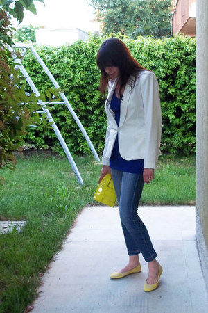 yellow fancy H&M shoes - blue jeans - white Promod blazer - blue tezenis shirt