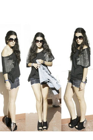 black asos shoes - navy Bershka shorts - black t-shirt