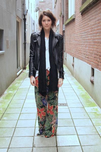 Novella Royale pants - Zara jacket