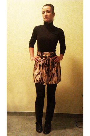 light brown circle jersey DIY skirt - black leather Bershka boots