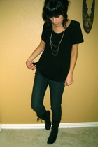 Silence & Noise shirt - f21 necklace - f21 jeans - UO tank earrings