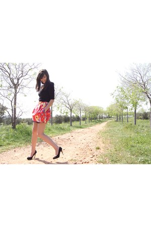 flowers Zara skirt