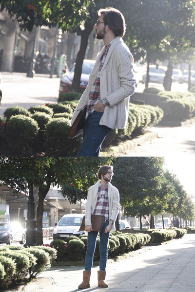 Ugg boots - Topman jeans - H&amp;M shirt - suiteblanco cardigan