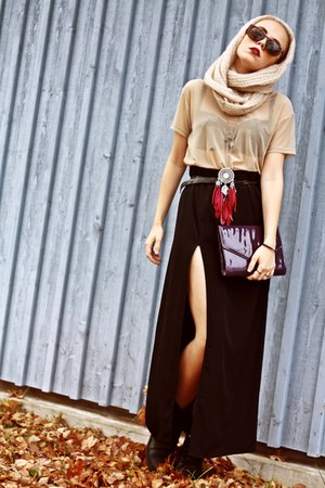 black slitz BikBok skirt