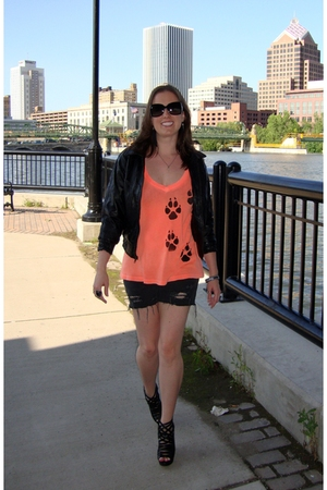 vintage jacket - wildfox couture t-shirt - Steve & Barrys shorts - Nine West sho