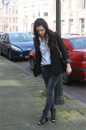 Zara blazer - Guess purse - - shirt - Zara jeans - Zara shoes