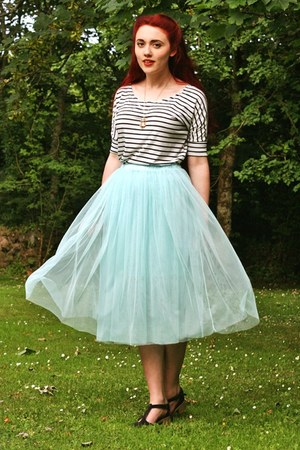 tulle Chicwish skirt - striped OASAP shirt