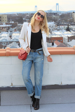 boyfriend jeans H&amp;M jeans - ABS blazer - vintage chanel bag
