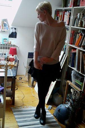 beige H&M sweater - black H&M skirt - black H&M boots