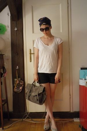 black H&M shorts - white H&M t-shirt - gray Topshop shoes - gray Proenza purse -