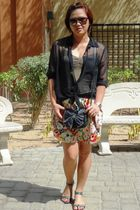 H&M blouse - Zara top - Newlook skirt - Vincci shoes - Zara purse - H&M accessor