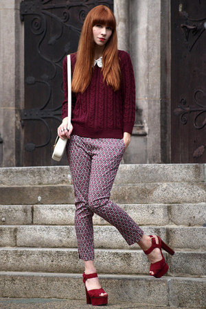 maroon knitted H&amp;M jumper - white Bimba &amp; Lola bag - maroon patterned H&amp;M pants