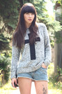 Heather-gray-new-look-jumper-black-chanel-bag-blue-h-m-shorts