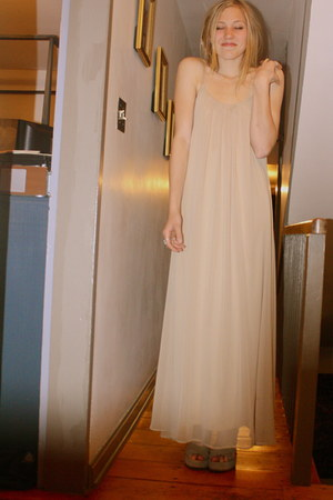 nude chiffon Nasty Gal dress