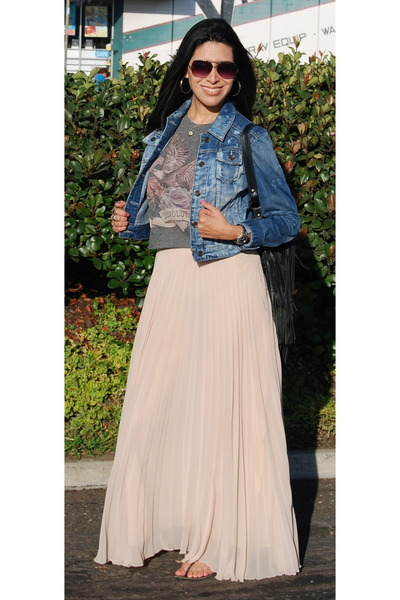 flowy Zara skirt - jean jacket Express jacket - fringed Queen Catrina bag