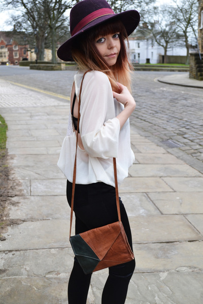 black Topshop leggings - white Topshop shirt - brown Topshop bag