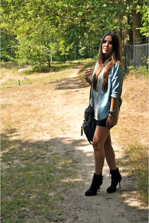 silver tanktop H&M top - black lace up ankle Zara boots - blue denim Zara blouse