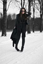 black scarf - black boots - black jeans - black leather Zara jacket