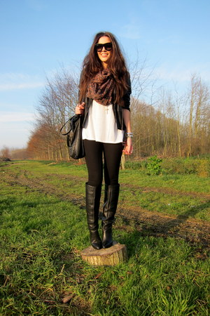 black Zara jacket - black Zara boots - black H&amp;M Trend leggings - white t by ale