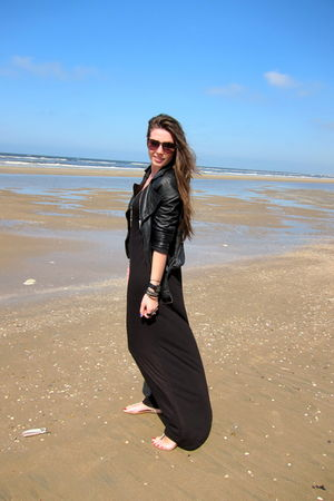 black H&M dress - black Zara jacket