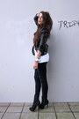 Blue-vintage1-jeans-black-supertrash-jacket-white-5preview-t-shirt-black-t