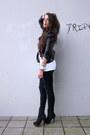 Blue-vintage1-jeans-black-supertrash-jacket-white-5preview-t-shirt-black-t