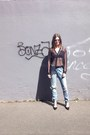 Lee-jeans-oversized-h-m-shirt-mesh-monki-bra-zara-heels