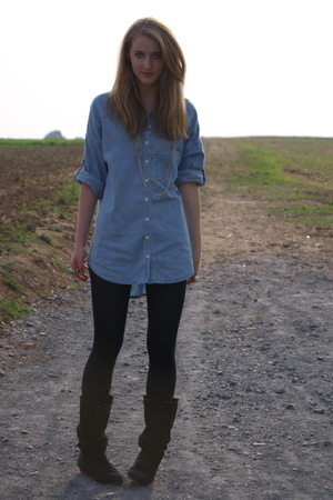 H&amp;M shirt - H&amp;M tights - vintage shoes