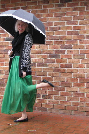 green skirt - black scarf - white cardigan - black flats