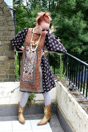 Hippie Yihaa!