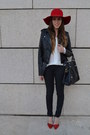Red-floppy-hat-heather-gray-coat-black-leather-jacket