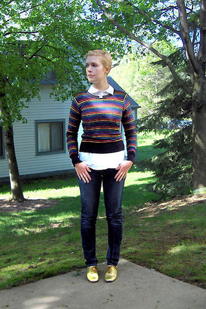 H&M sweater - H&M shirt - made by elves shoes