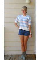 Light-blue-short-sleeve-sweater