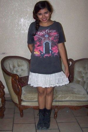 white skirt - black combat boots boots - dark gray t-shirt