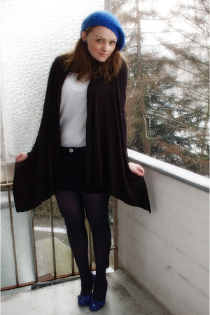 black Esprit blazer - gray H&M t-shirt - black MNG skirt - blue Tango shoes - bl