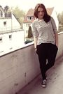 White-vero-moda-t-shirt-black-amisu-pants-blue-only-jacket-black-converse-