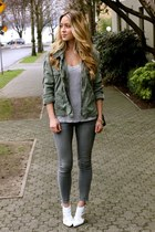 heather gray ankle American Eagle jeans